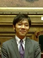 阿部 裕介 顔写真